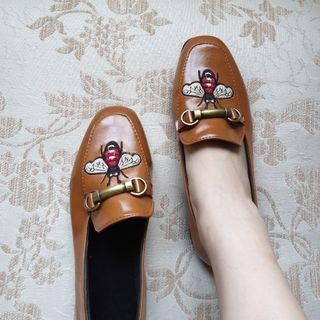 Sepatu loafer brown
