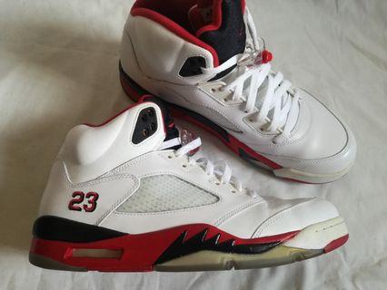 7f74a4199311 Nike Air Jordan 5