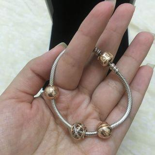 Authentic Pandora bracelet with charm (with receipt)
