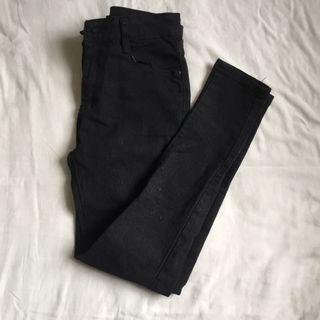 Midwaist Black skinny jeans