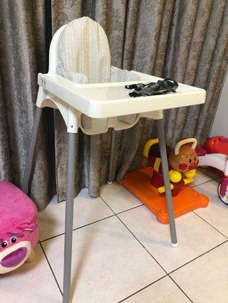 🚚 Ikea兒童高腳餐椅含拖盤+支撐充氣墊