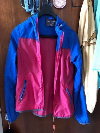 Polarstar全新防風輕薄外套,騎車運動外出,辦公室皆適合,專業運動用品店購入