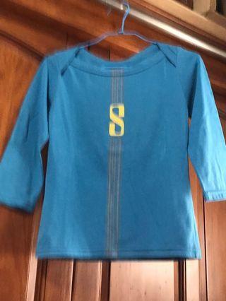 🚚 五分袖 S字母藍色上衣
