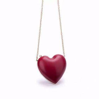 🚚 Charles and Keith heart shaped clutch