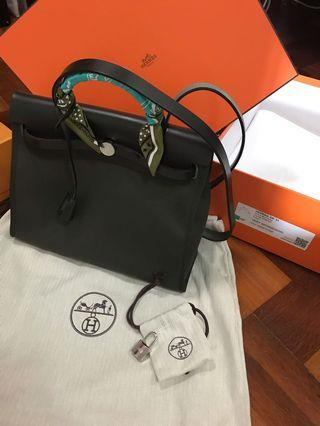 🚚 Hermes Herbag (with twilly)