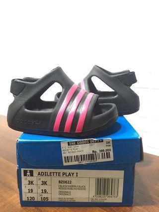 Sepatu sandal adidas baby