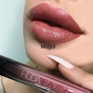 🌼SALE🌼Huda Beauty Demi Matte Liquid Lip in Mogul