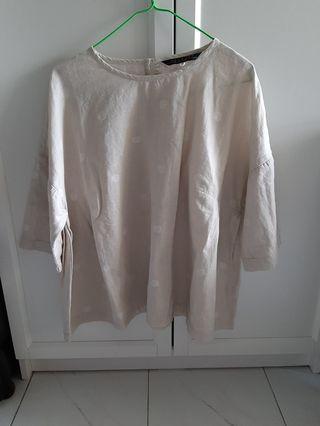 日本品牌 LILASIC 鬆身上衣