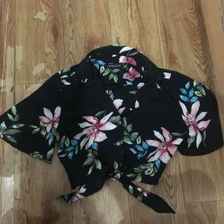 Something Borrowed crop shirt
