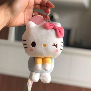 🚚 Sanrio X Yurukawa Good Friends Hello Kitty Winking Plush Toy Keychain ballring
