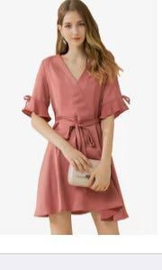 Ribbon flare sleeve pink dress