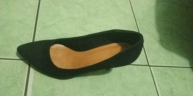 Sepatu heels Faux Suede Pumps Original Forever 21