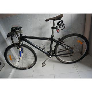 MTB Rose Red X 8x3 Shimano XT Gear Mountain Bike