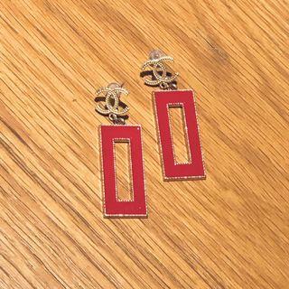 🚚 韓國帶回🖤經典小香復古感925純銀垂墜式耳環