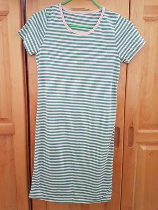 🚚 全新韓製長版上衣(購買任2個賣場,超商取貨運費只要30元)