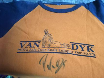 PaUL VANdyk Famous DJ world..shirt with signature
