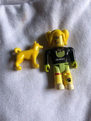 [ROBLOX] Girl Figurine