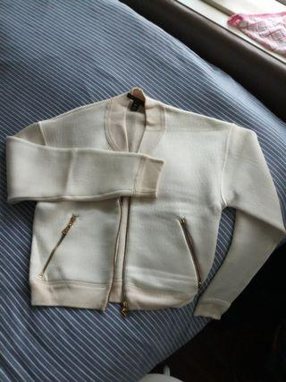 Louis Vuitton Fall/Winter Cardigan (Beige in colour)