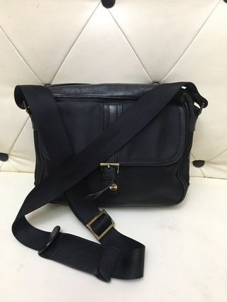 40997f5bed090c prada bag preloved | Bags & Wallets | Carousell Philippines