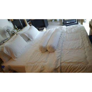 King / Queen Bedsheet with COMFORTER