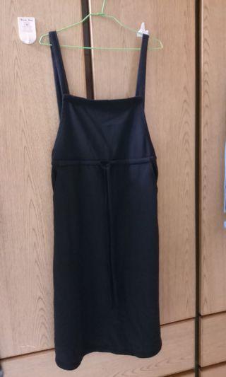 🚚 黑色綁帶吊帶裙