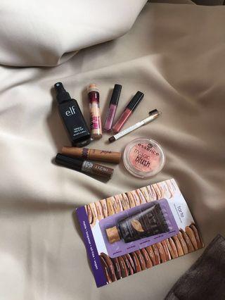 ELF setting spray, Essence Mosaic Blush, Silkygirl Eyebrow Pencil, Tarte Gifted Mascara, Maybelline Age Rewind Concealer, Smashbox Always On Matte Lipstick, In2It Eyebrow Gel