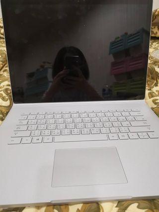 Surface i7 1060顯示卡 15吋 極新 保固內