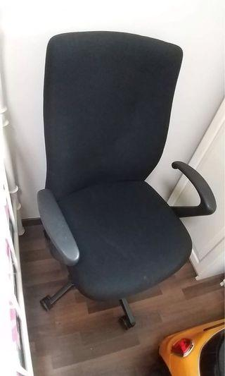 Office and home study/computer chair - very good condition