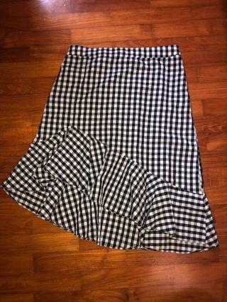 asymmetrical gingham / checkered black & white skirt