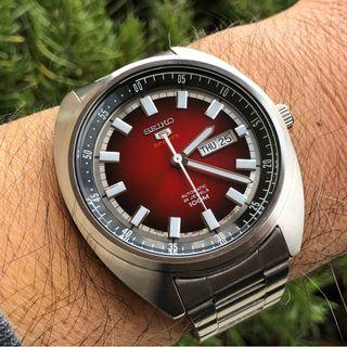 *MADE IN JAPAN* Seiko 5 Sports SRPB17J1 Red Turtle Automatic Stainless Steel Analog Watch SRPB17 SRPB