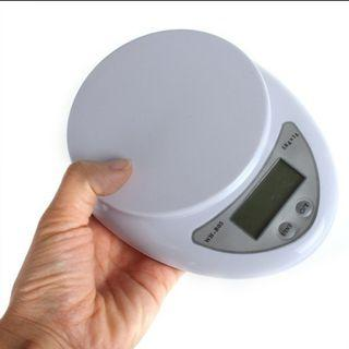 Kitchen Weighing Scale Digital 5kg/1g (BATTERIES INCLUDED)