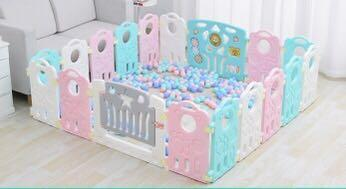 Playpen/play yard/fence/baby cot/bed/offer/Canberra