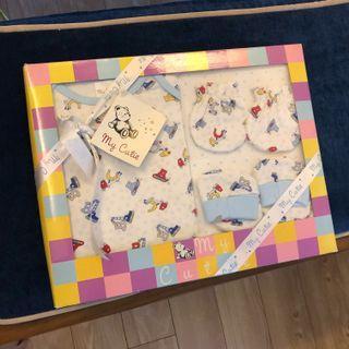 🚚 Baby Gift Set $5