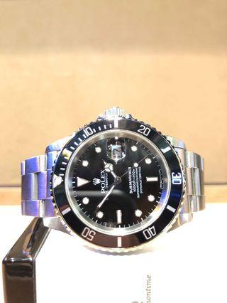 Pre Owned Rolex Oyster Submariner 16610 Black Dial Automatic Steel Casing Bracelet