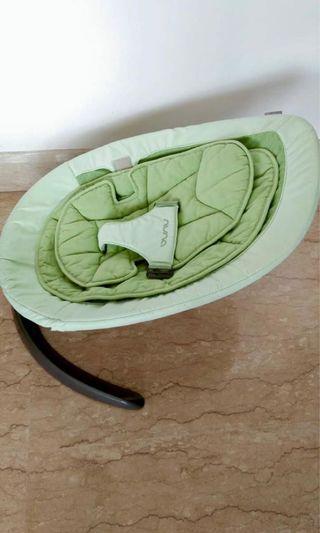 Nuna leaf mint green