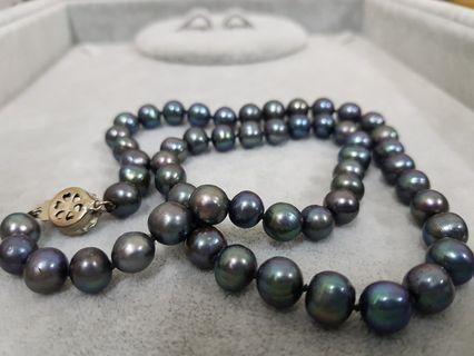 Tahitian Pearls Necklace (fresh water) .