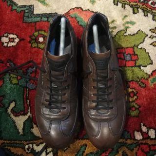 Prada Leather Shoe - Authentic