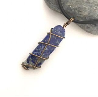 🚚 Lapis Lazuli Stick Crystal Pendant Necklace Choker Antique Bronze Wire Wrap Unisex Handmade