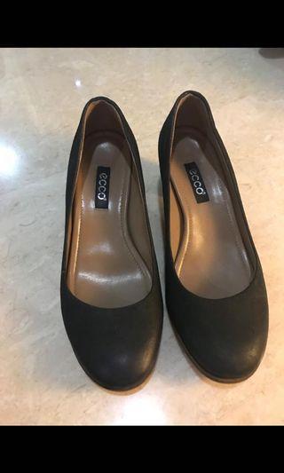 ECCO shoe for sale