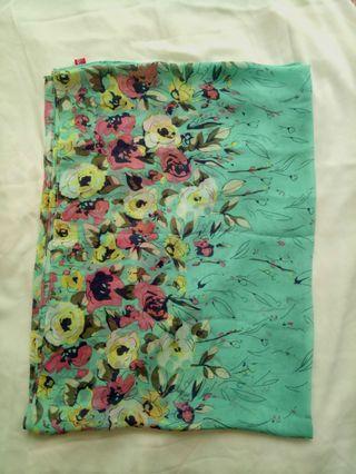 #GAYARAYA Floral Printed Wideshawl