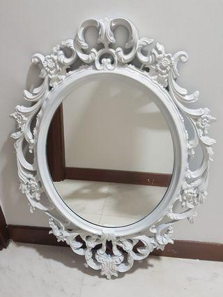 Ung Drill oval mirror