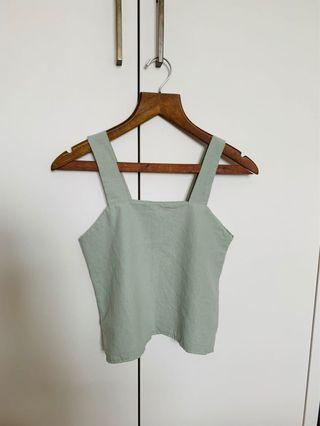 Linen basic cropped top in mint green