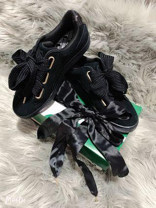 Puma Suede Heart Satin Black Sneakers