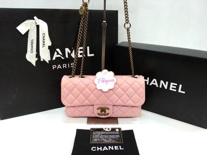 Super Nice! Chanel Quilted Crown Medium Flap Bag Antique Gold Hardware {{Only For Sale}} ** No Trade ** {{Fixed Price Non-Neg}} ** 定价 **