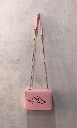 #KLSENTRAL Pink flower sling bag