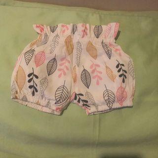Celana pendek bayi 0-3 mo