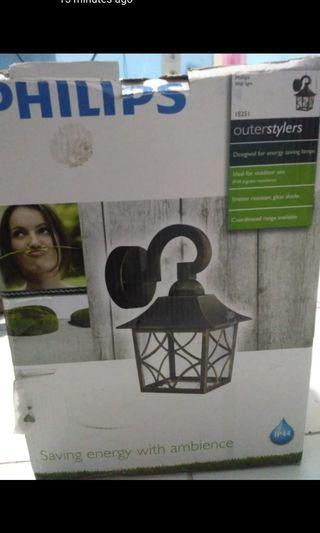 Outerstylers Philips (Lampu Taman)