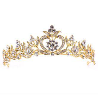 🚚 Bridal Hair Accessories / Crown