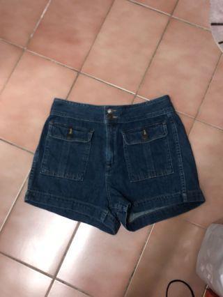 Gap牛仔短褲28