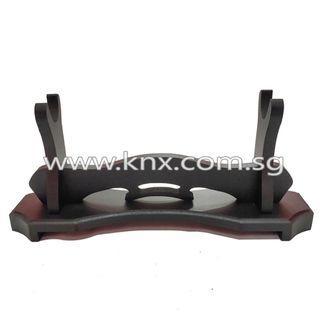 In Stock – MIS 0173 – One Tier Mini Premium Wooden Sword Display Stand